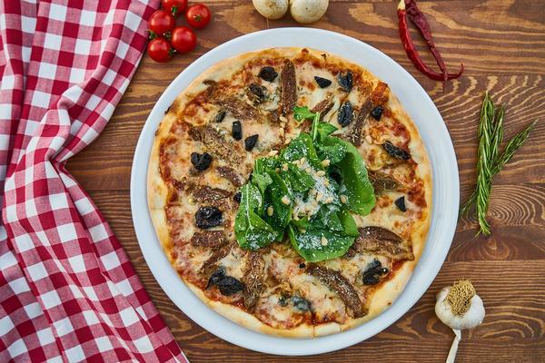 Jak duże pizze można zamawiać w Karpaczu