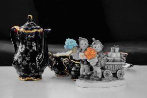 Komplet filiżanek z włoskiej porcelany prezentem ślubnym