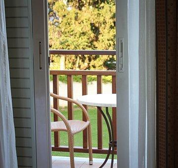 Dobrej jakości drzwi balkonowe